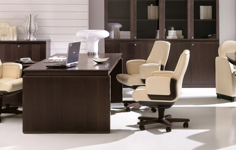Mobili ufficio online come scegliere il tavolo per le tue for Mobili per la sala